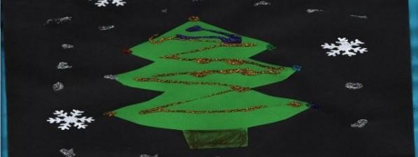 Vánoční stromeček nakreslily děti z Květinek